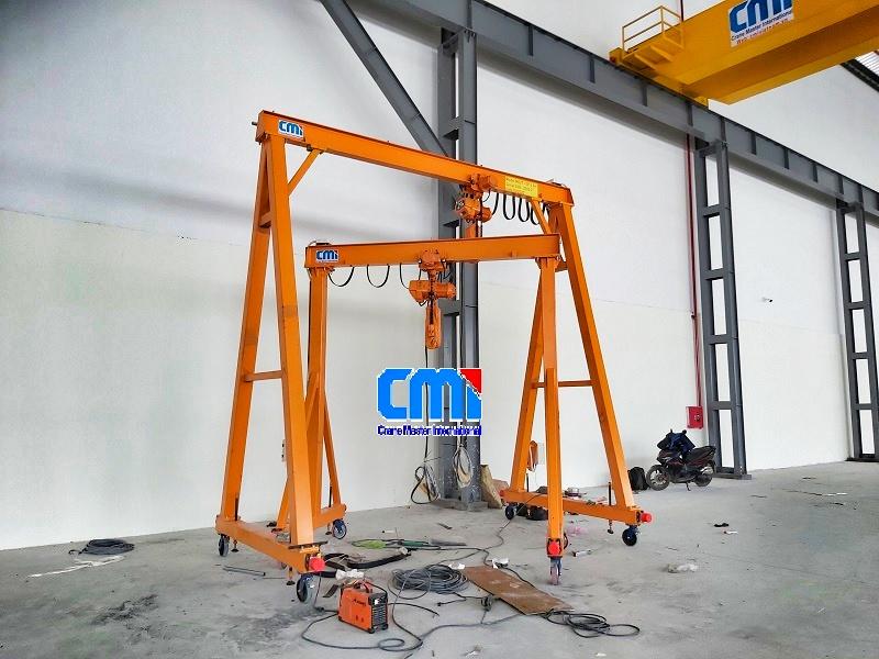 Cổng trục đẩy tay CMI