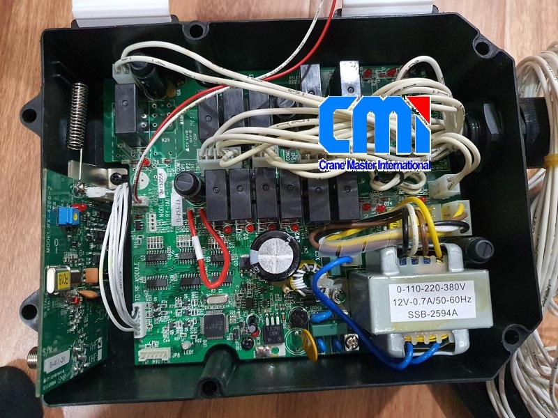 Mạch điện bộ thu TELECRANE F24-6S